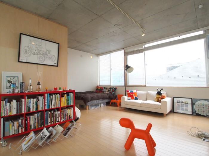 3Fは一番天井高があり、明るく開放的。子犬モチーフのPUPPYが目立ちます。